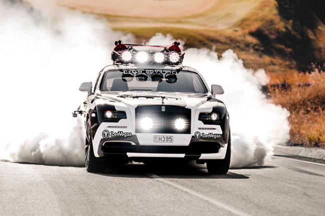 La Rolls-Royce Wraith de Jon Olsson est avancée