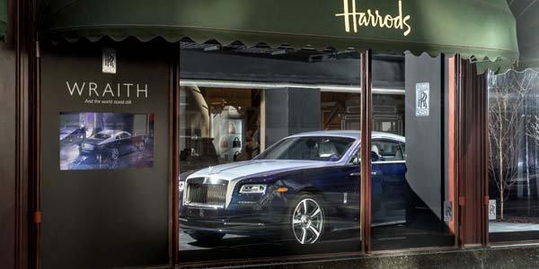La Rolls Wraith s'expose chez Harrods