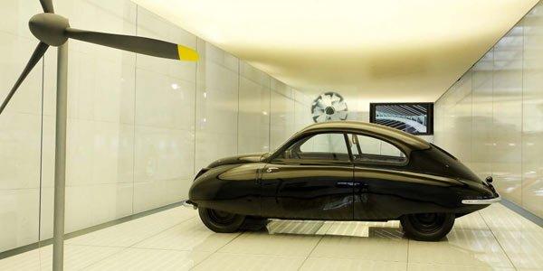 La collection du musée Saab aux enchères