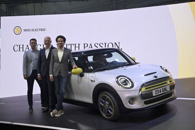 Salon de Francfort : les nouveautés Mini, Opel et Porsche