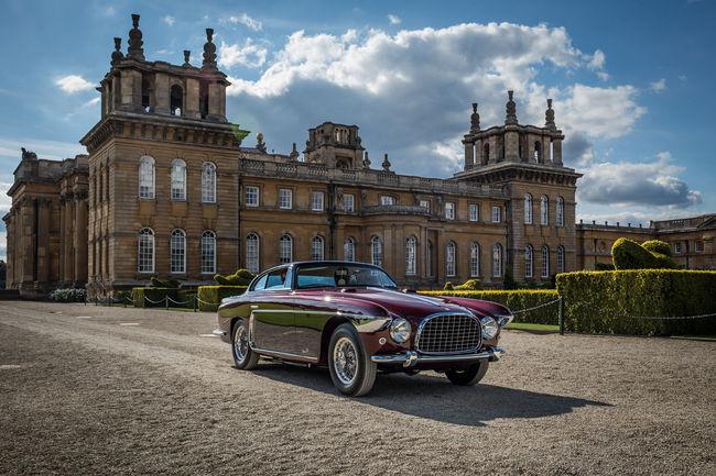 Les 70 ans de Ferrari fêtés à Salon Privé