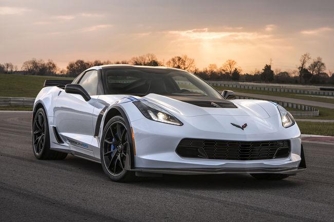 Scottsdale : des muscle-cars vendues pour la bonne cause