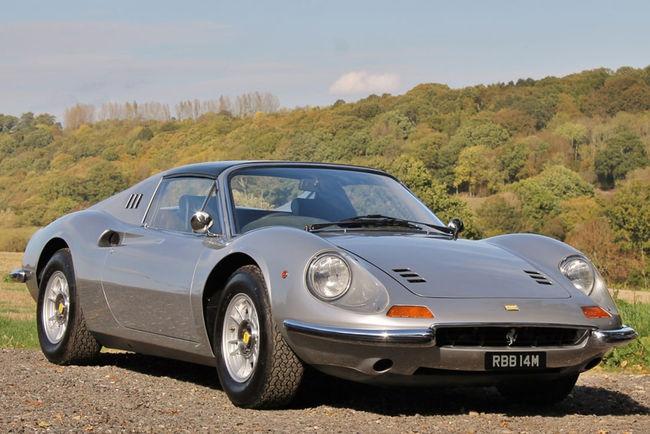 Silverstone Auctions : Porsche et Ferrari attendues au NEC