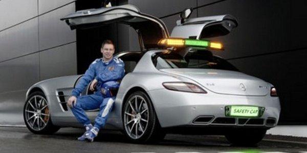Coulthard à bord de la SLS AMG E-Cell