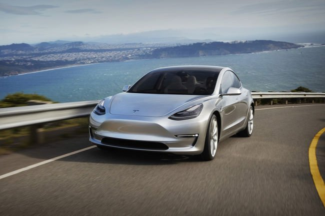 La Tesla Model 3 en virée à San Francisco