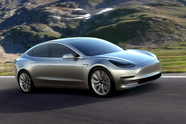 Tesla Model 3 : production lancée ce vendredi