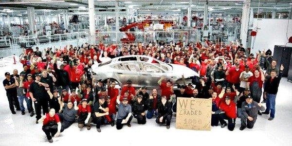 Tesla Model S : succès à la chaîne !