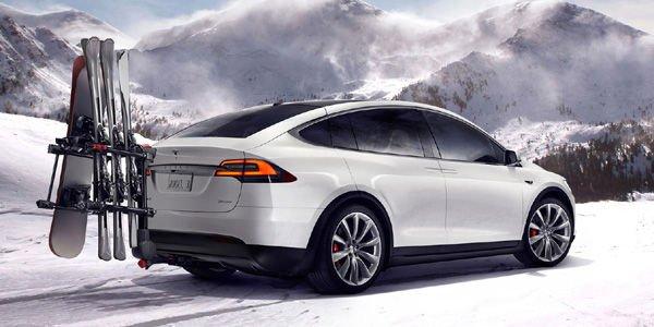 Tesla présente son Model X