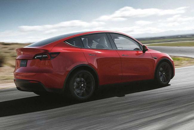 Tesla lève le voile sur son SUV Model Y
