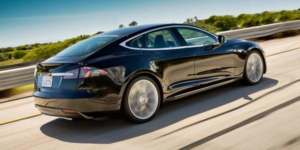 Tesla Motors passe en mode open source
