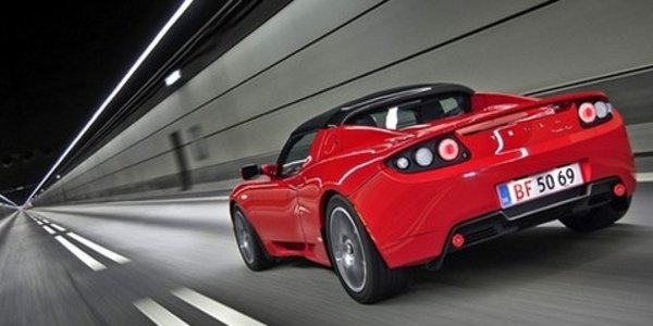 1500 Tesla Roadster vendues