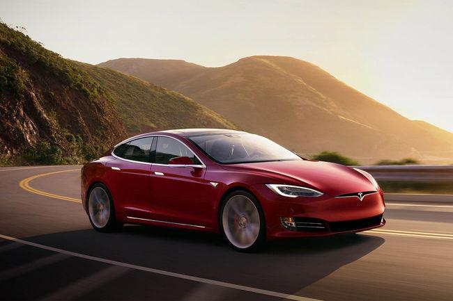 Tesla vous occupe pendant la recharge
