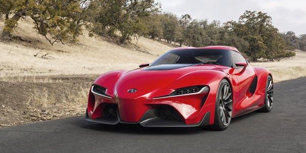 Le concept Toyota FT-1 exposé à Paris