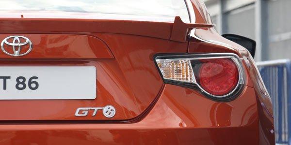 La Toyota GT 86 enlèvera le toit