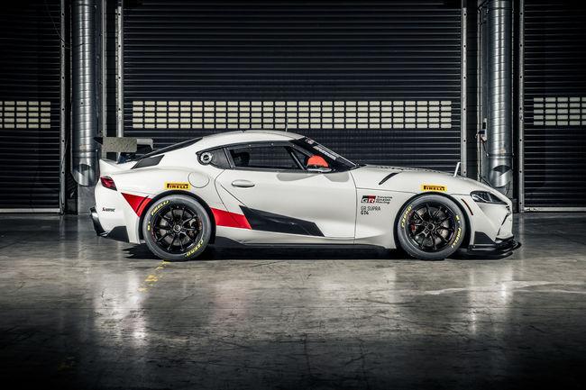 La Toyota GR Supra GT4 en piste en 2020