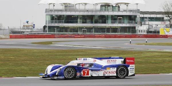 WEC/Silverstone : Toyota en pole