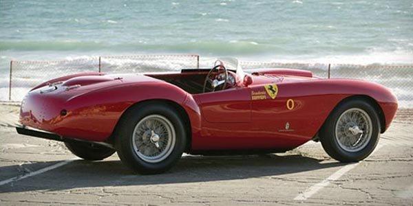 Une Ferrari 500 Mondial aux enchères