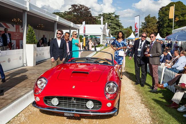 Un one-off Alfa Romeo primé à Salon Privé