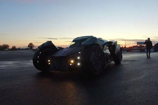 Une Batmobile sur le Gumball 3000