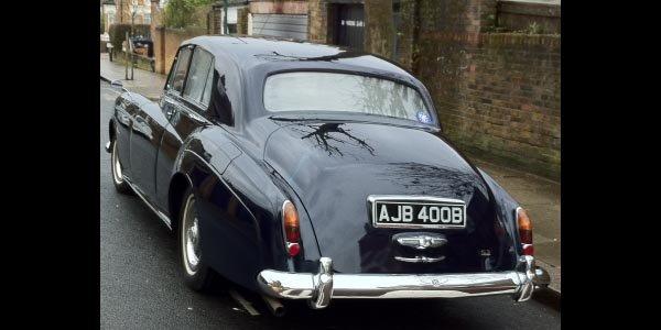 Une Bentley S3 ex-Epstein aux enchères