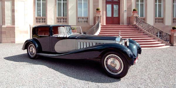 Une Bugatti Type 41 Royale à Goodwood