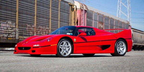 Une collection de huit Ferrari aux enchères Gooding