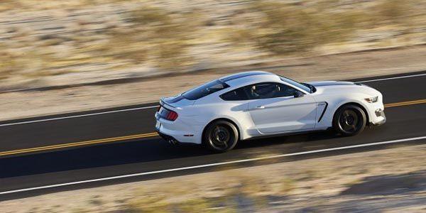 Une Ford Mustang GT350R en préparation ?