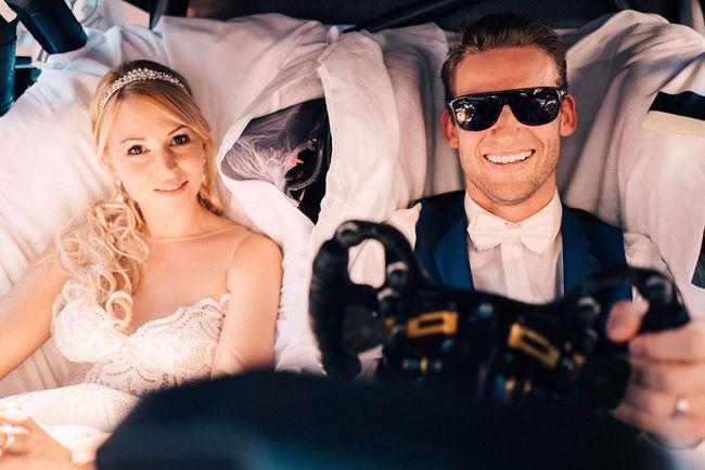 Insolite : ils se marient en Mercedes-AMG C 63 DTM