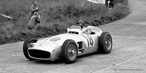Une Mercedes W196 ex-Fangio aux enchères