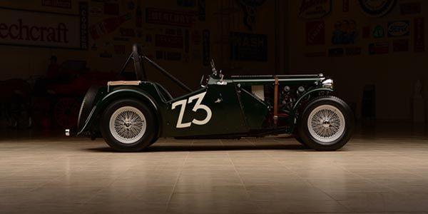 Une MG TC 1949 ex-Carroll Shelby aux enchères