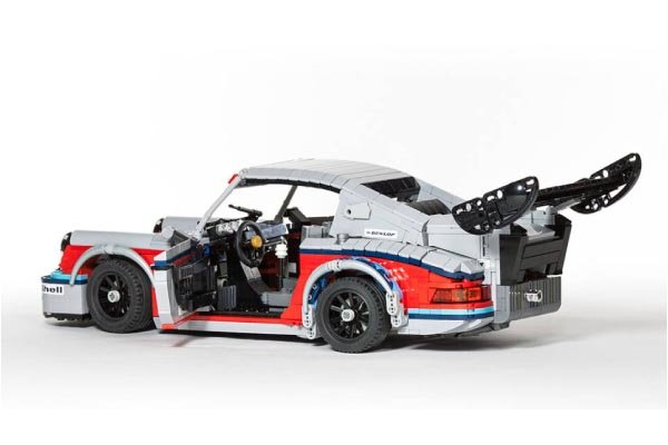 une porsche 911 rsr martini en lego actualit automobile. Black Bedroom Furniture Sets. Home Design Ideas