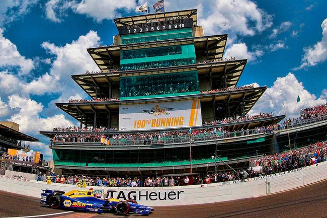 Une Dallara DW12 lauréate d'Indy 500 aux enchères