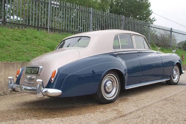 Coys : Rolls-Royce Silver Cloud princière