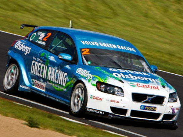 une volvo c30 au bio thanol en wtcc actualit automobile motorlegend. Black Bedroom Furniture Sets. Home Design Ideas