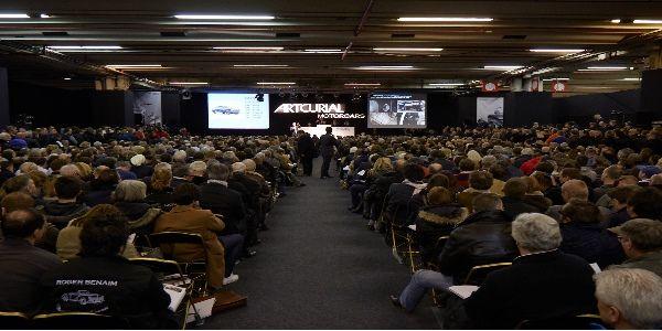 Résultat des ventes Artcurial Motorcars à Rétromobile 2015