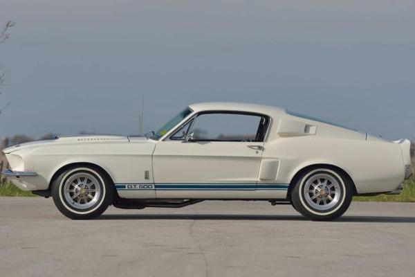 Mecum Auctions : record de vente pour une Shelby GT500 1967