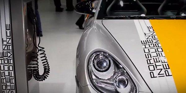 Visite du stand Porsche à Francfort 2011
