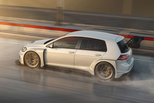Volkswagen a peaufiné sa Golf GTI TCR pour 2017
