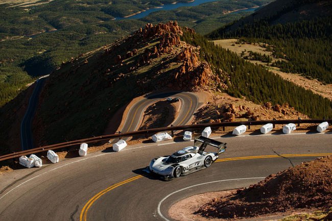Pikes Peak : images inédites de l'ascension victorieuse