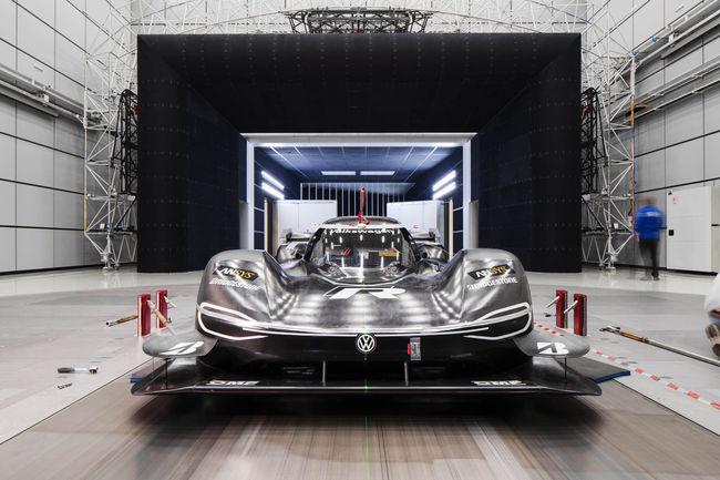 VW ID.R Pikes Peak : un DRS pour le Nürburgring