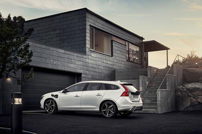 Volvo plaide pour des systèmes de recharge normalisés