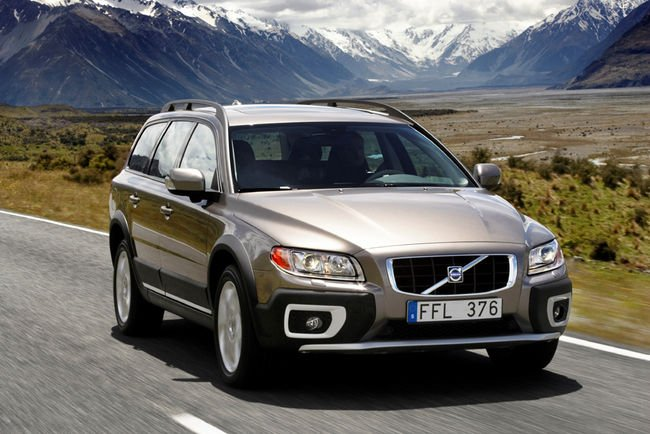 Le Volvo V90 Cross Country en approche