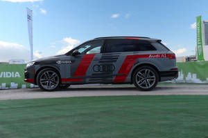 CES : Audi Q7 deep learning concept