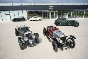 Bentley avec l'EXP 2 à Rétromobile