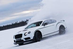 La Continental GT3-R au Bentley Power on Ice 2015
