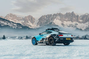 Une Bentley Continental GT spéciale au GP Ice Race