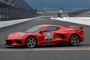 La Chevrolet Corvette C8 Stingray Pace Car d'Indy 500