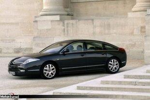 Citroën monte en gamme avec la C6