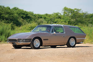 RM Sotheby's : Ferrari 330 Shooting Brake