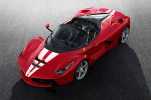 La 210ème LaFerrari Aperta au profit de Save the Children